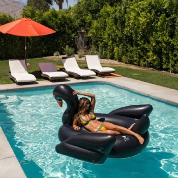 Hot Sale Inflatable Giant Swan Float Black Swan Rainbow Pool Float